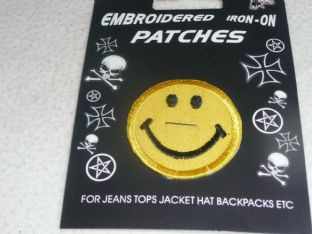 Smiling Face - Sew On Patch